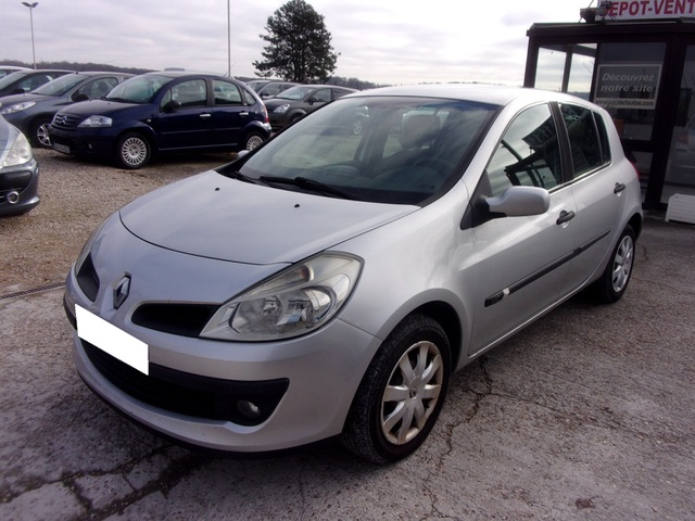 Renault Renault Clio III (B/C85) 1.5 dCi 85ch Confort Expression 5p